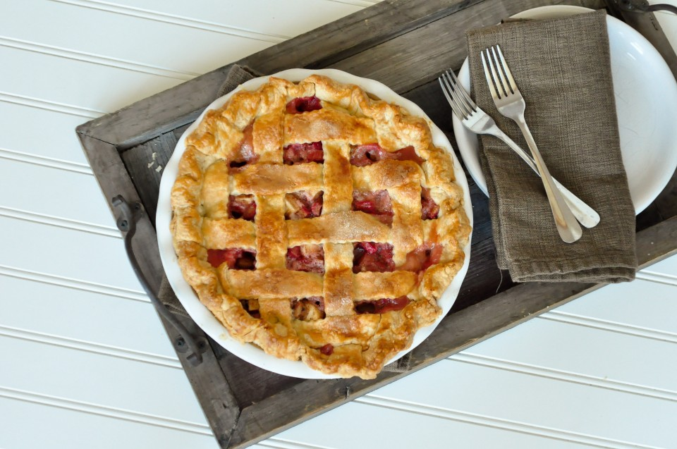 Apple Rhubarb Pie